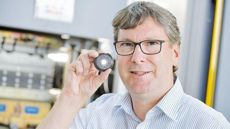 """""""Wenn andere Hersteller bei einem Auftrag abwinken, dann sehen wir die Herausforderung"""", sagt Frank Sabaschus, Geschäftsführer der MSG Gummiformtechnik."""