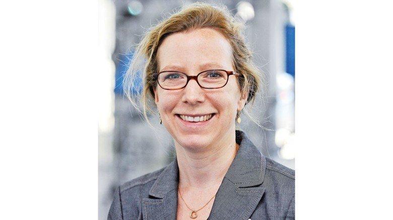 Annika-Maren Gebauer: Sie arbeitet beim Bildungsträger BBQ (Bildung und Berufliche Qualifizierung gGmbH), und hat als Integrationslotsin viele Betriebe und Migranten zusammengebracht.