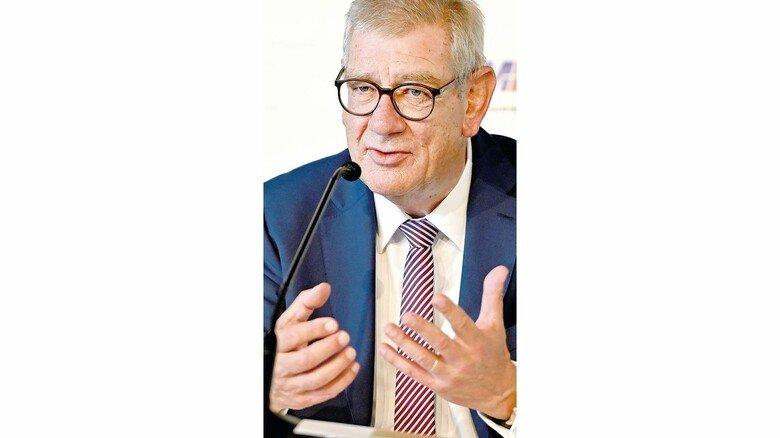 """Arndt G. Kirchhoff, Verhandlungsführer und Präsident des Arbeitgeberverbands Metall NRW: """"Ein stabiler Rahmen in Zeiten der Ungewissheit."""""""