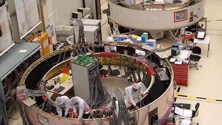 Raketenschmiede: Das Astrium-Werk in Bremen liefert die Oberstufe der Ariane. Foto: EADS