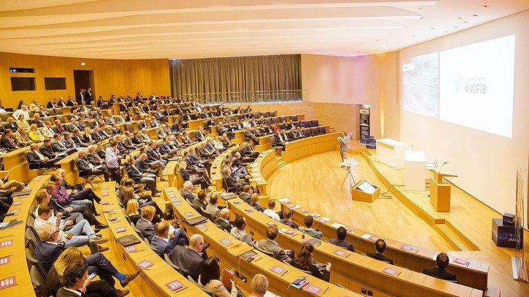 Arbeitgeberforum 2019 im Schloss Herrenhausen: Knapp 400 Unternehmer, Führungskräfte und Experten tankten Know-how in Sachen Digitalisierung.