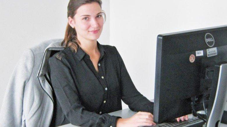 """""""Viele verschiedene Abteilungen zu durchlaufen, macht mir Freude."""" Tamara Käppele, Auszubildende zur Industriekauffrau. Foto: Werk"""