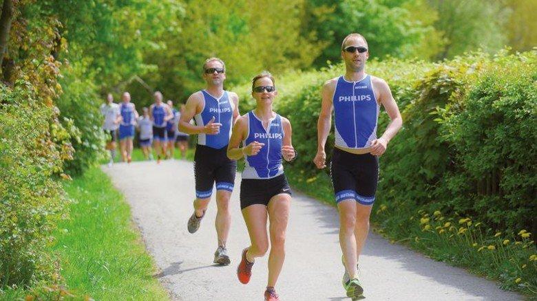 Heimspiel:  Das Laufen ist die Lieblingsdisziplin von Hendrik Ohagen (rechts) und Caroline Lippe. Foto: Augustin