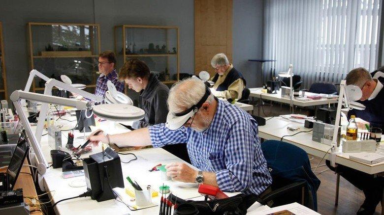 Workshop: Modellbau-Fans können bei Faller Kurse buchen. Foto: Werk