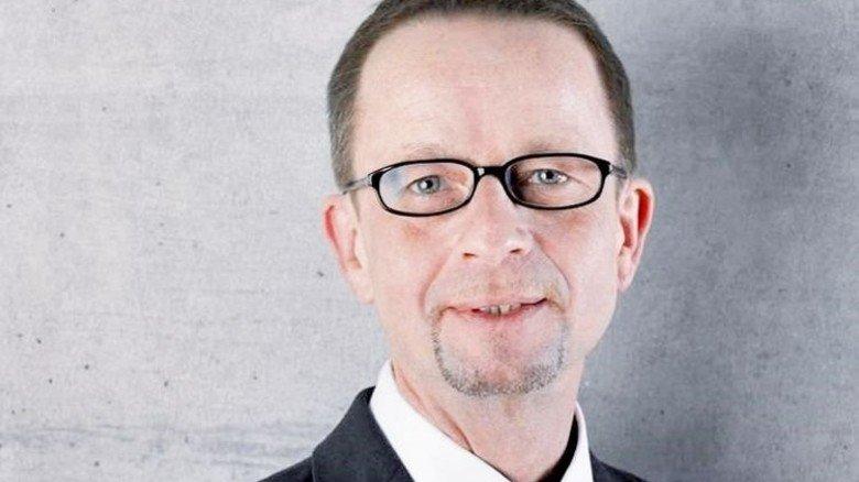 """""""In einer Übergangsphase könnten sogar zusätzliche Arbeitsplätze entstehen."""" Professor Stefan Reindl vom Institut für Automobilwirtschaft. Foto: IFA"""