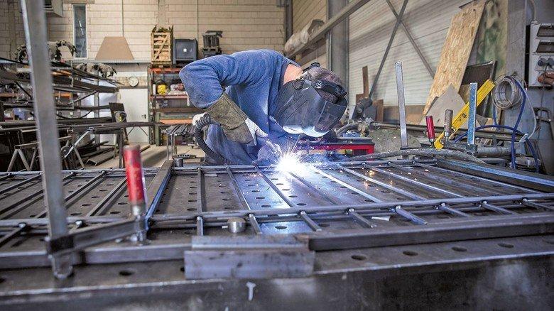 Industrie: Nach Jahren des Aufschwungs geht es jetzt wieder um die Sicherung von Arbeitsplätzen.