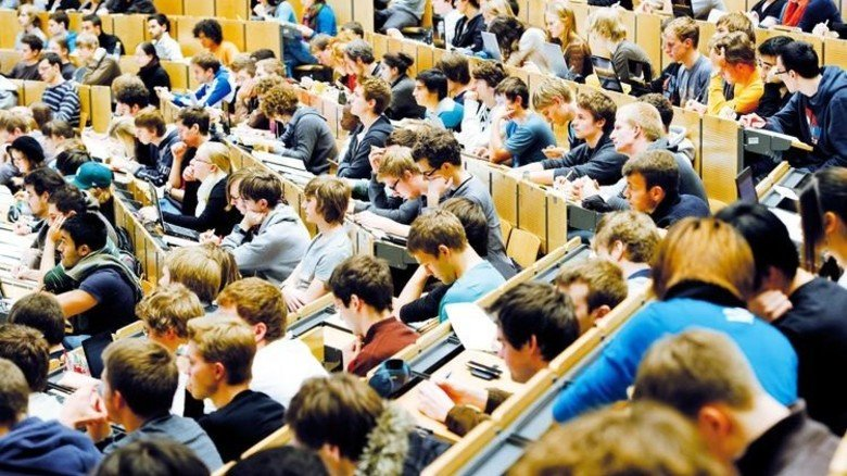 Studium in Bayern: Die Hörsäle werden voller – besonders in den MINT-Fächern. Foto: dpa