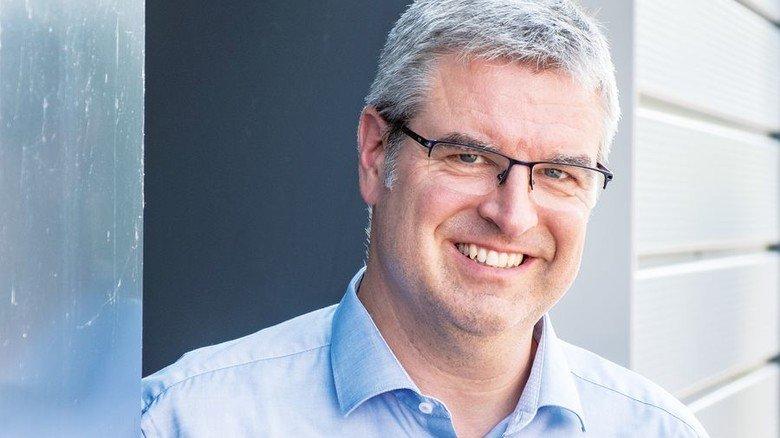 """Geschäftsführer Tobias Müller: """"Wir bieten unseren Kunden eine große Fertigungsbreite."""" Foto: Roth"""