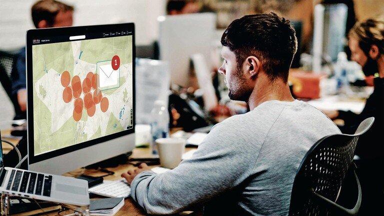 Überblick: Der Überwachungsdienst des Münchner Start-ups Ororatech zeigt weltweit, wo Hotspots für Waldbrände sind. Die digitalen Karten werden gespeist von Satelliten.