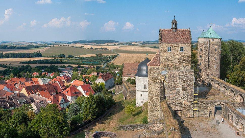 Auf den Drahtesel und los: Der Besuch der Burg Stolpen lässt sich perfekt in eine Radtour einbinden.