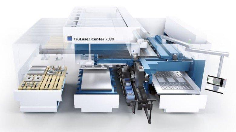 Alles digital: Die Trumpf-Maschine holt sich ihr Material selbst, bearbeitet es und sortiert die fertigen Teile. Foto: Trumpf