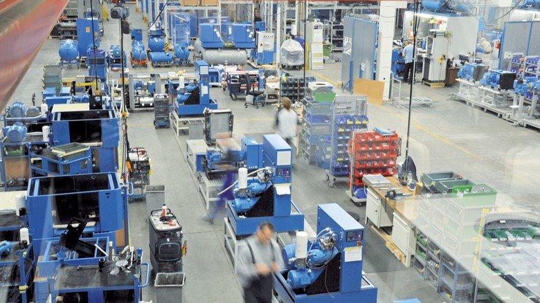 Produktion: Boge hat wegen Corona mehrere Schichten eingerichtet. So sind nur wenige Mitarbeiter zur gleichen Zeit in den Hallen.