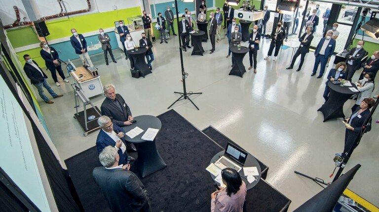 Eingeweiht: Nach einer zweijährigen Planungs- und Umbauphase konnte das Technikzentrum jetzt eröffnet werden.