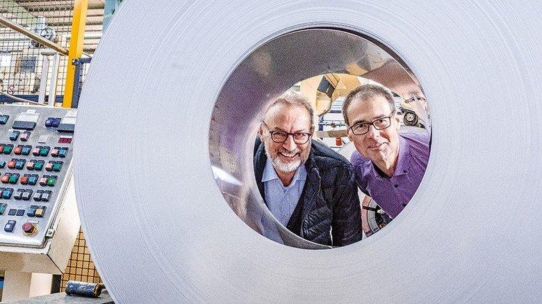 Innovationen im Blick: Gerd Cloppenburg (links) und Jörg Giersbach führen die Geschäfte der Hagener Firma. Foto: Roth