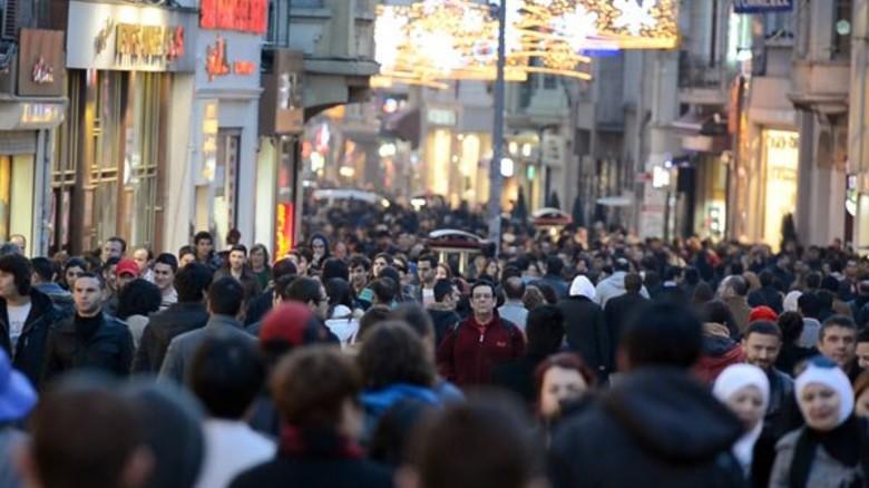 Voll: Einkaufsstraße in Istanbul.