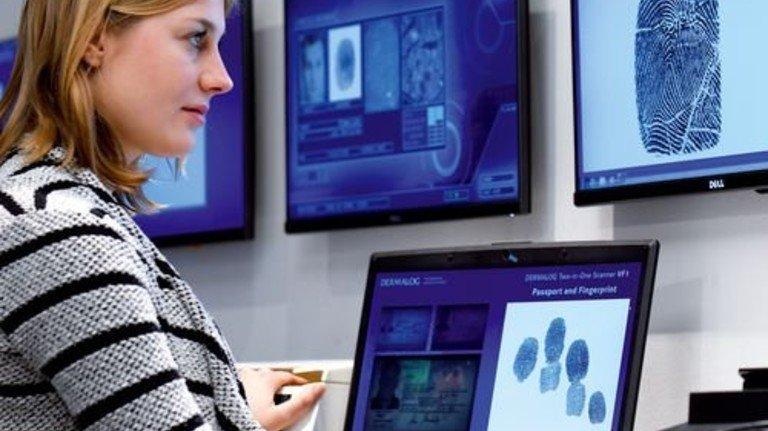 Sicherheit durch Biometrie: Fingerabdruck-Systeme von Dermalog sind weltweit gefragt. Foto: Augustin
