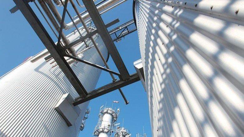 Praktisch: Der Wasserstoff aus dem Chlorsilan-Betrieb wird verwertet. Foto: Werk