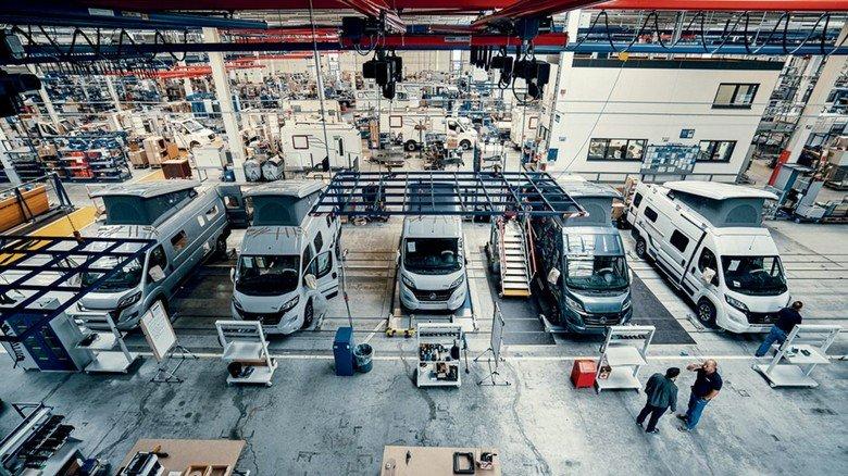 Hymer  hat seine Camper Van-Produktion (Bild) optimiert – und baut derzeit auch ein neues Werk, in dem der Wohnmobil-Spezialist künftig Chassis fertigt.