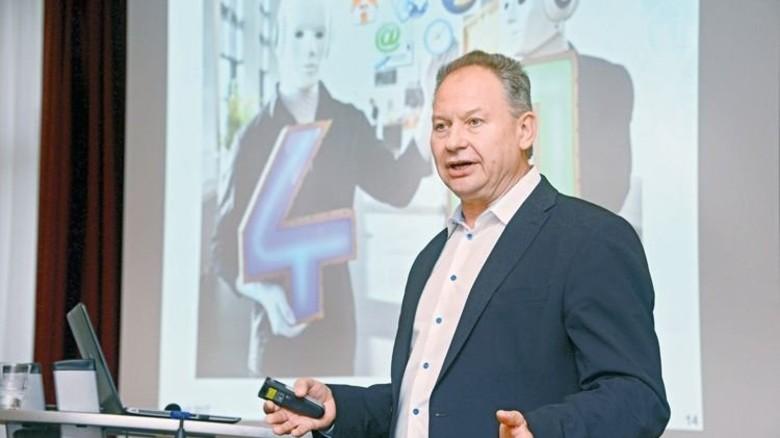 Praktiker mit Erfahrung: Klaus Faßler von ContiTech. Foto: Sturm