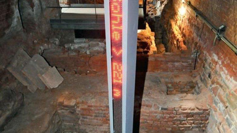 Abstand halten!  Im Schacht Herkules geht es mächtig in die Tiefe. Foto: LWL-Industriemuseum