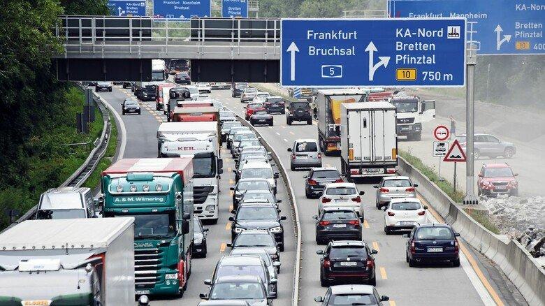 Stundenlang im Stau: Autofahren macht in Baden-Württemberg schon lange keinen Spaß mehr, die Transportzeiten verlängern sich mehr und mehr.