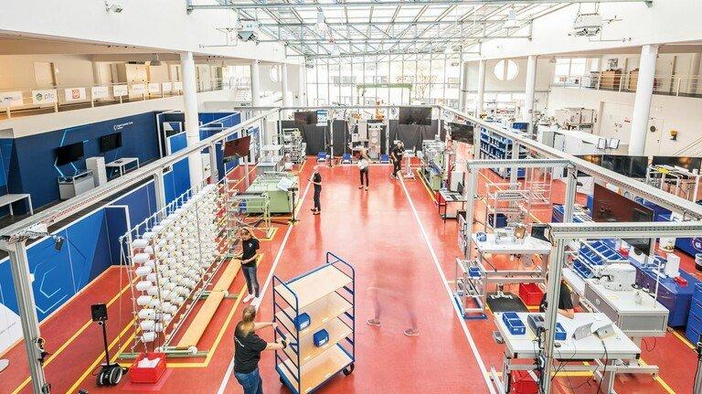 """Digitale Prozesse: Textiler erproben sie in dem zum ITA gehörenden """"Digital Capability Center."""""""