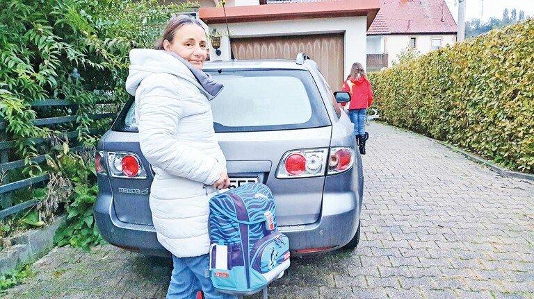 Hat erst abends Zeit für die Kinder: Martina S. ist alleinerziehende Mutter und arbeitet Vollzeit als Pflegedienstleiterin in einem Krankenhaus.