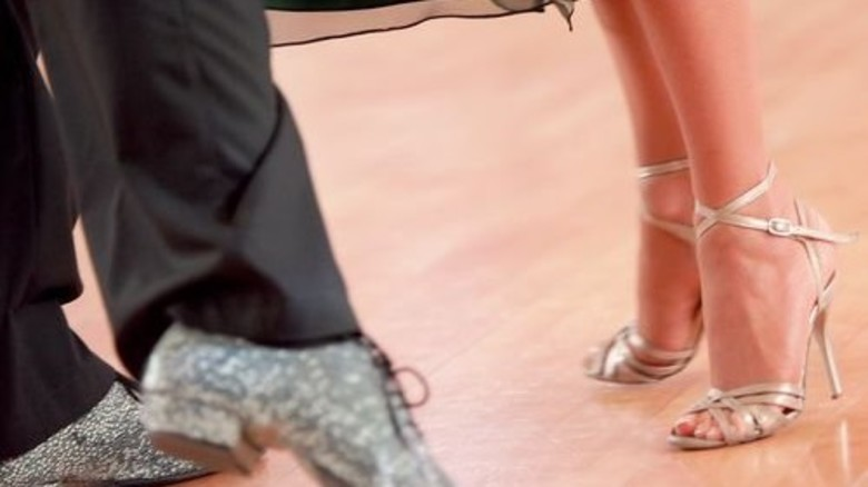 Psssst! Böden in Tanzschulen dürfen keinen Lärm erzeugen. Foto: Fotolia