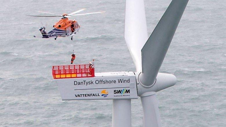 Techniker im Anflug: Bei Siemens-Anlagen kommen sie dank Online-Überwachung manchmal vorbeugend. Foto: Vattenfall