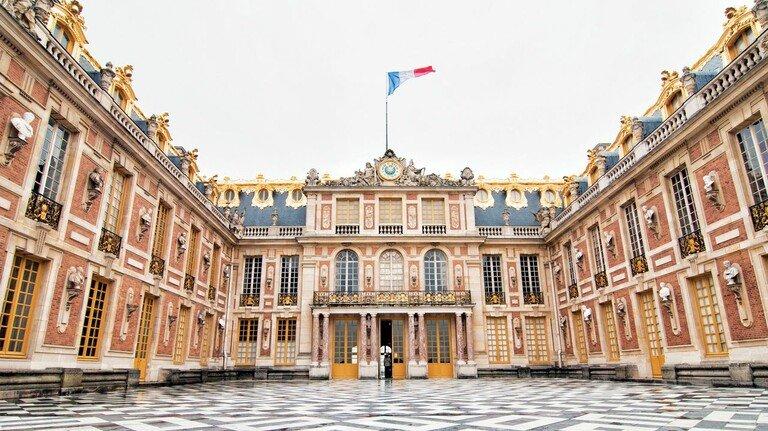 Prunkvoll: Webtechnik aus Bayern hilft bei der Restauration von antiken Gemächern, wie hier im Schloss Versailles bei Paris.