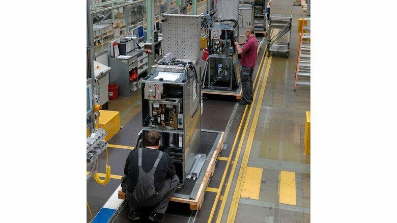 Höchst produktiv: Das Schaltanlagenwerk von Siemens in Frankfurt-Fechenheim.
