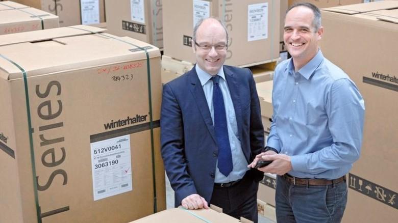 Export in die ganze Welt: Thomas Schubert (links) und Jens Steck sind zufrieden. Foto: Eppler