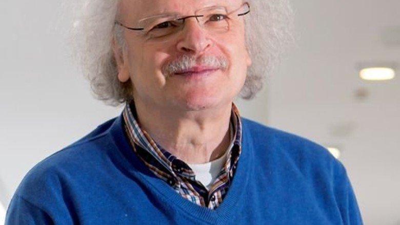 Professor Klaus-Peter Hufer, Politik- und Bildungswissenschaftler an der Uni Duisburg-Essen. Foto: UDE/Jochen Tack
