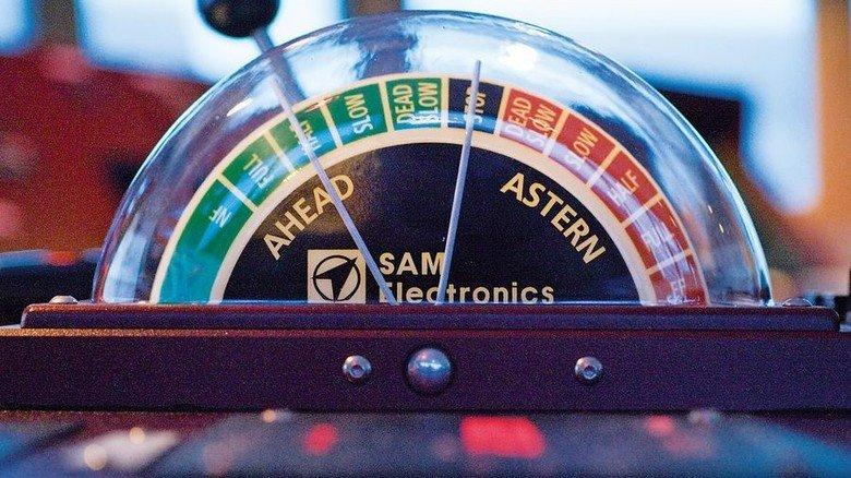 Moderner Maschinentelegraf: Damit wird das Tempo vorgegeben. Foto: Reederei NSB