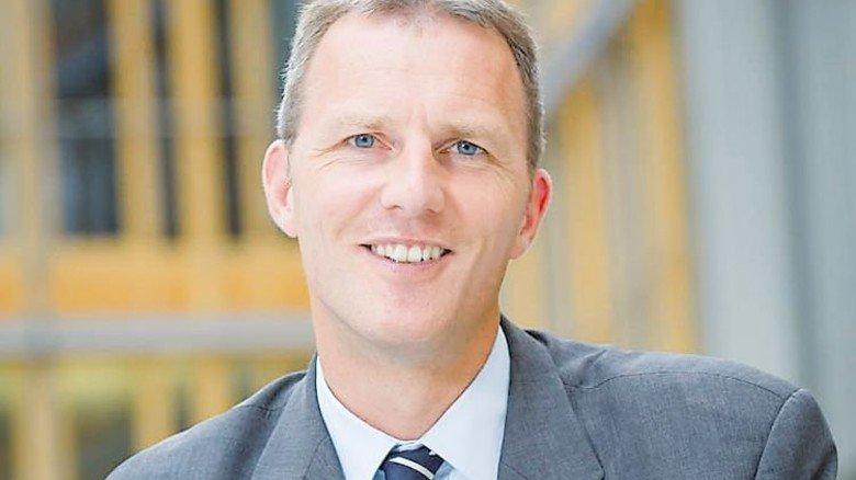 """""""Der Klimaschutz darf die Wettbewerbsfähigkeit von Betrieben nicht gefährden."""" Carsten Rolle, Abteilungsleiter Klimapolitik beim Industrieverband BDI. Foto: BDI/Kruppa"""