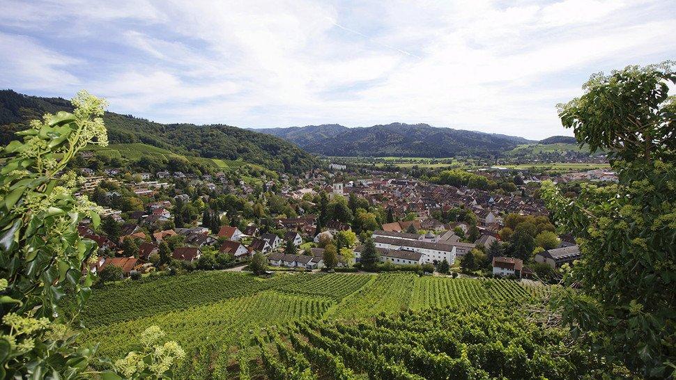 Beliebtes Ausflugsziel: Staufen im Breisgau, am Fuße des Schwarzwaldes.