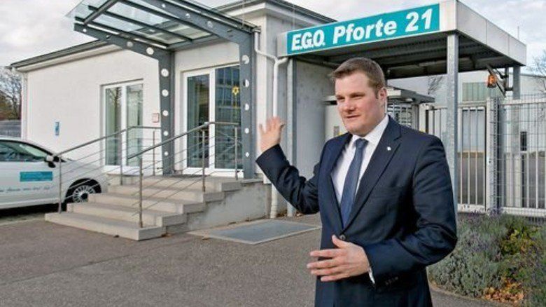 Kein großer Umweg: Dieses Gebäude hat Personaldirektor Markus Blümle für die Praxis zur Verfügung gestellt. Foto: Mierendorf