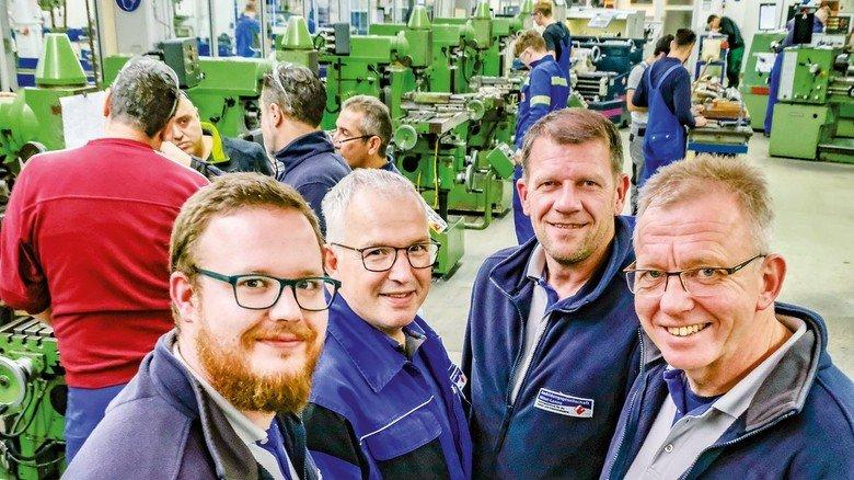 Engagiert: Jens Wittnebel, Ralph Kirsch, Stefan Möwes und Kevin Griesenbruch (von rechts) sind 4 von 18 Prüfern in der Ausbildungsgesellschaft.