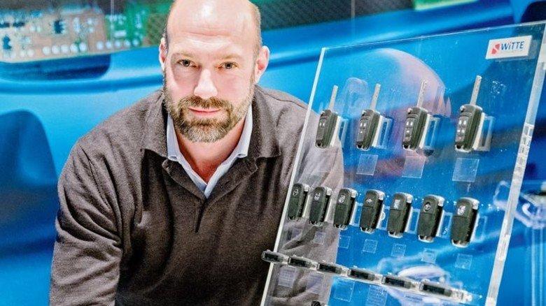 … und bei Witte mit Autoschlüsseln für den US-Konzern General Motors. Foto: Roth