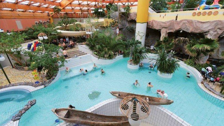"""Wasserspaß für Groß und Klein: Das Badeparadies """"Aqua Mundo"""" in Tossens hat insgesamt vier Etagen. Foto: Center Parcs"""