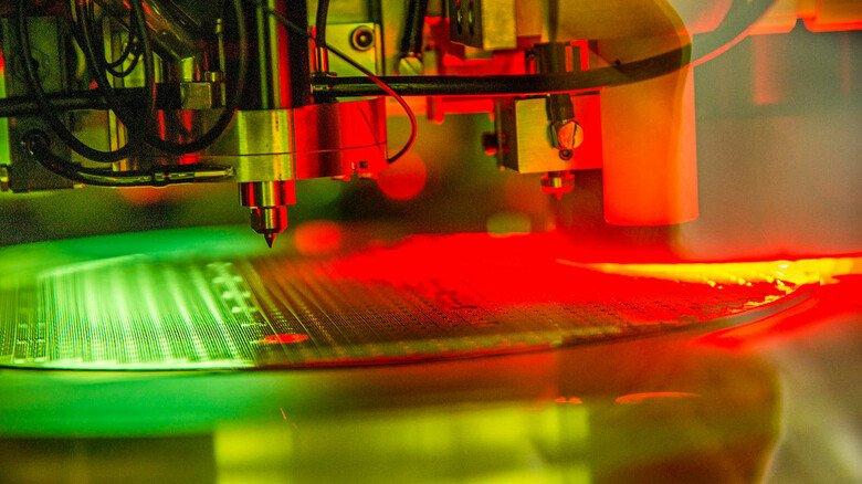 Halbleiter: Chips für die Automobilindustrie von Infineon.