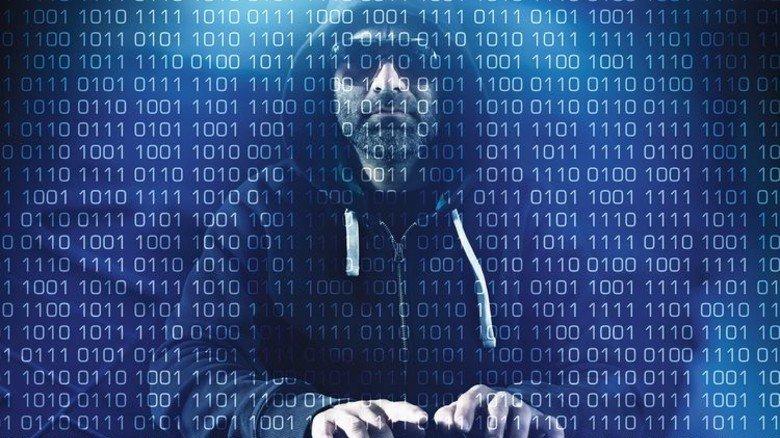 Dunkle Macht: Ein Großteil der Hacker-Attacken kommt aus dem Ausland. Foto: Fotolia