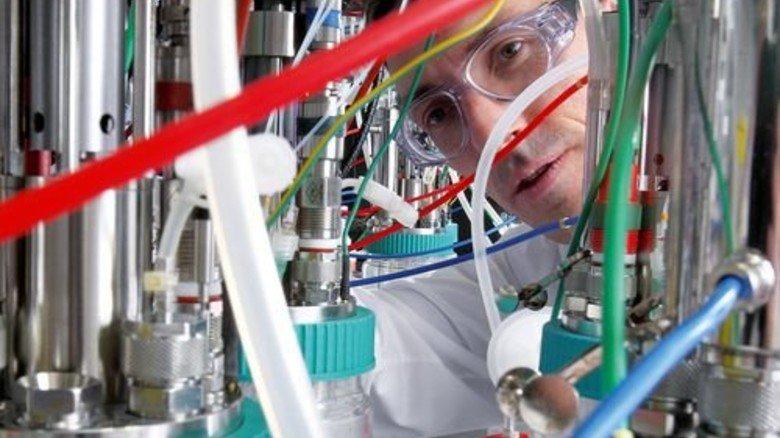 Zukunft: Forscher im im Biotechnologie-Labor in Marl. Foto: Evonik