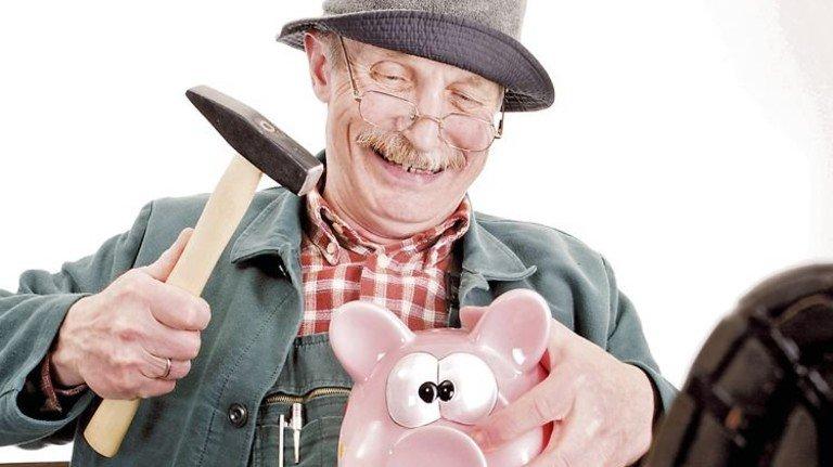 Sparschwein-Schlachtung: Ist im Alter noch genug für mich drin?