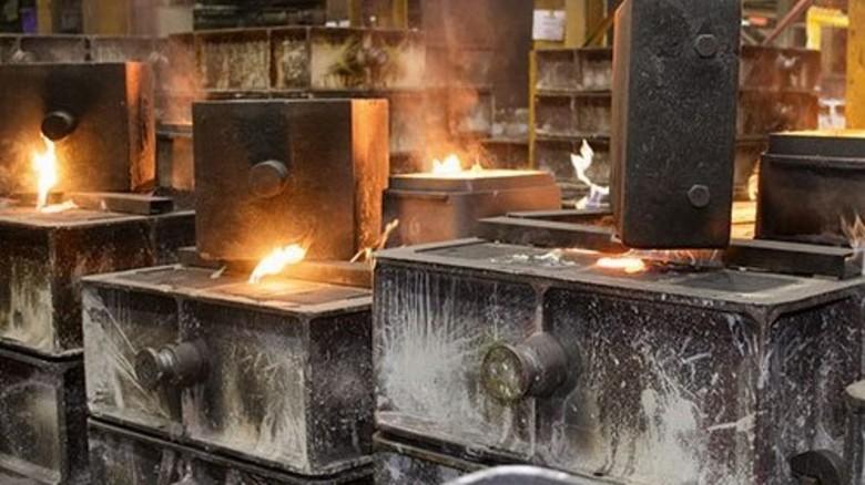 … Formkästen für den Guss von Zylinderköpfen. Foto: Mischke