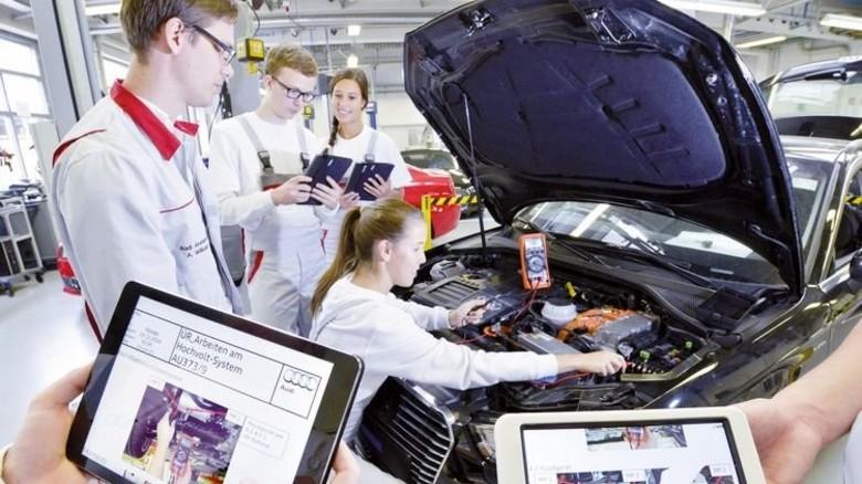 Ausbildung: Azubis bei Audi in Neckarsulm werden auf die Digitalisierung vorbereitet. Foto: Werk
