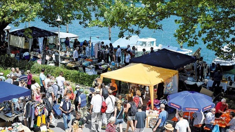 Am Ufer: Flohmarkt in Konstanz. Foto: Prida