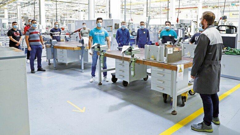Berufsausbildung bei Opel, September 2020.