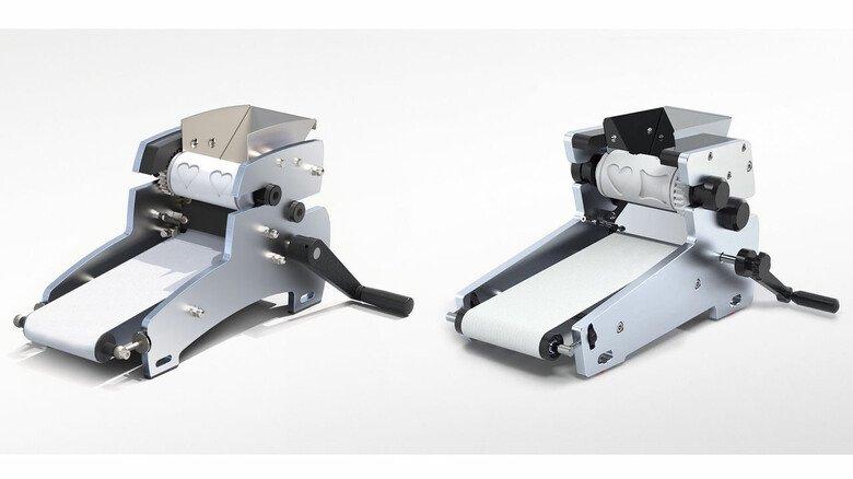 """Original und Fälschung: Der echte Gebäckformer """"Formfix 105"""" (links) kommt von der Krefelder Firma Janssen. Kopiert hat ihn ein türkischer Anbieter namens Handymach."""