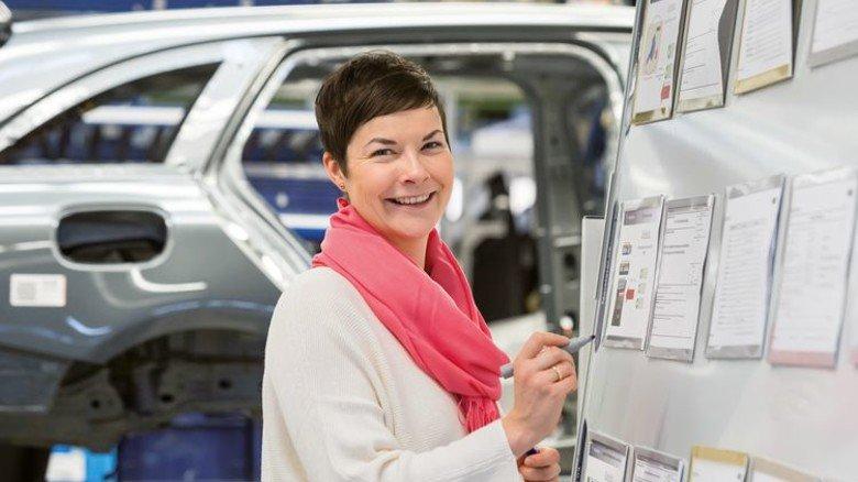 """Austausch: """"CROSS""""-Teilnehmerin bei Mercedes. Foto: Werk"""